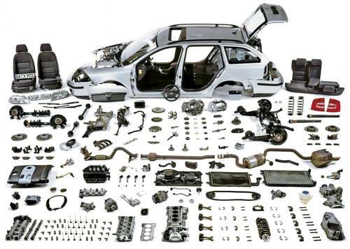 Auto onderdelen kopen vaak goedkoper dan schade melden